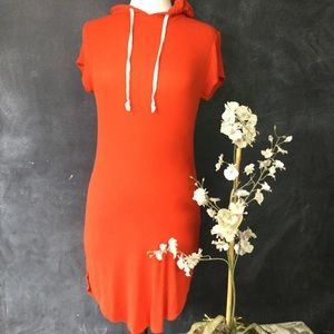 HEART & HIPS | Short Sleeve Cotton Dress with Hood